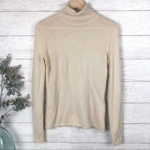 🔥NEIMAN MARCUS Cream Cashmere Sweater Top